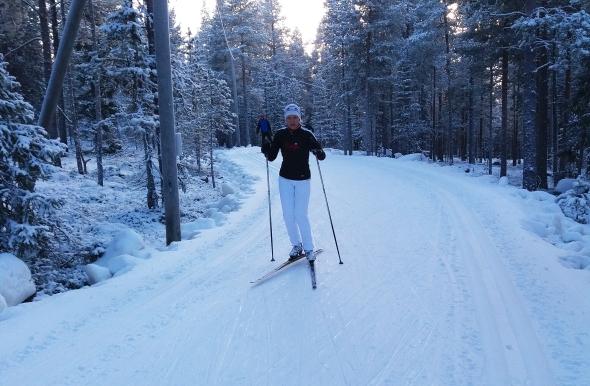 Muutamat ihanat hiihtolenkit piristivät todella! Latu Ounasvaaralla on loistokunnossa. Talvi on ehdottomasti ihmisen parasta aikaa!